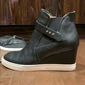 Linea Paolo High Top Wedge